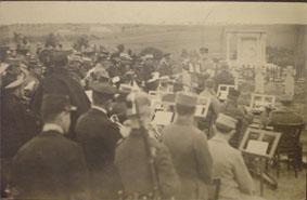 Orchestre et chorale le jour de l'inauguration